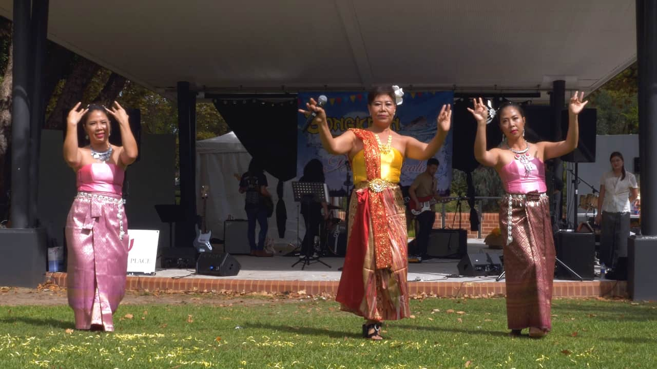 Traditional Thai Dance & Singing Songkran Perth Australia
