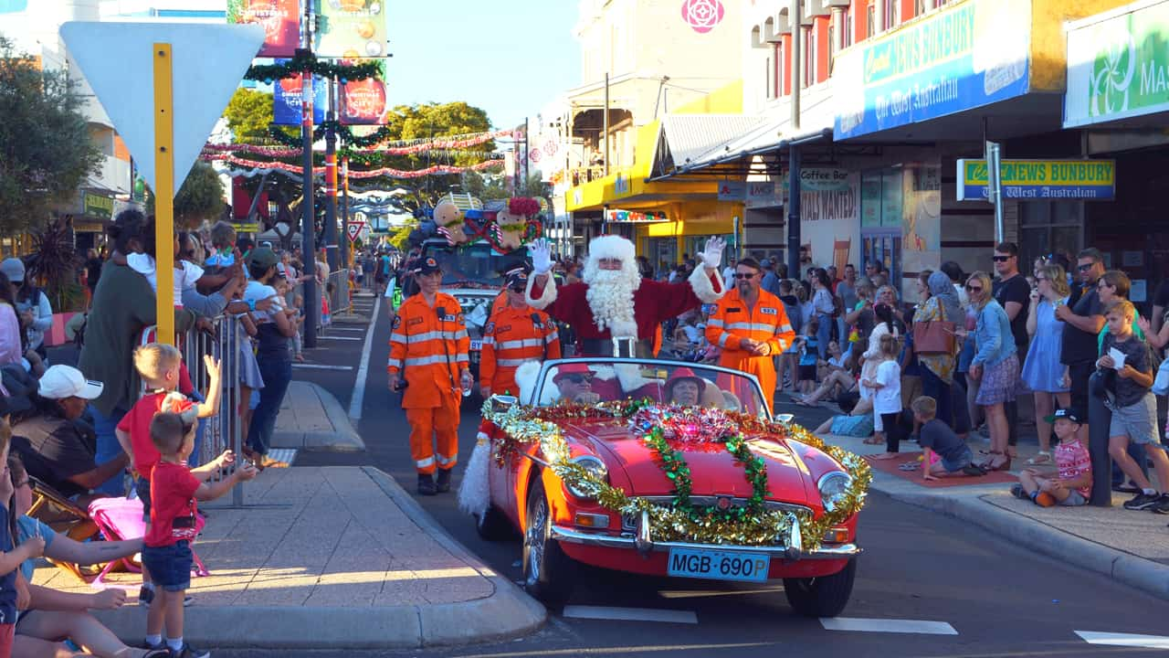 Christmas Pageant Santa Claus street parade in Bunbury great as expected
